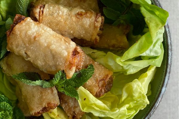 Recette Nems de poulet et légumes, sauce acidulée de Cyril Lignac