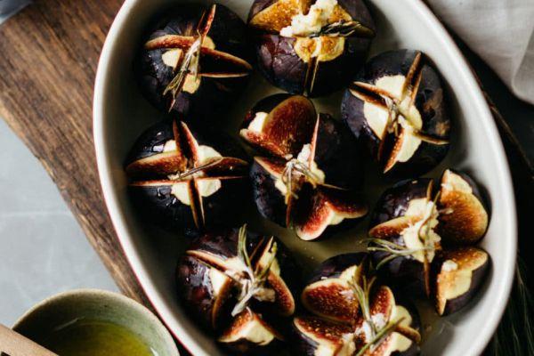 Recette Figues rôties - cœurs chèvre-miel