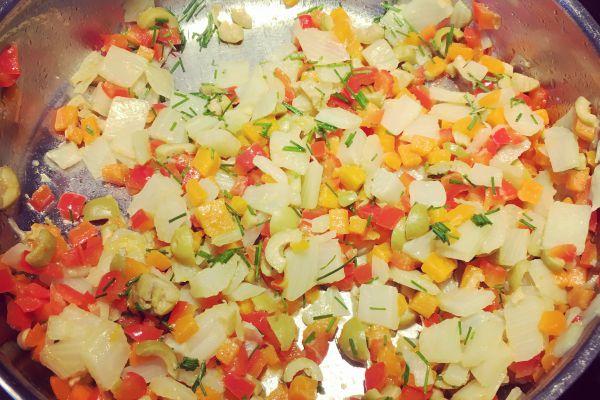 Recette Poêlée de légumes (fenouil/carottes/poivrons/olives)