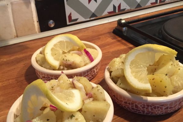 Recette Salade pommes de terre oignons & origan