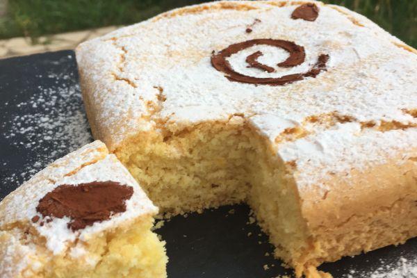 Recette Gâteau léger à la maïzena et au citron