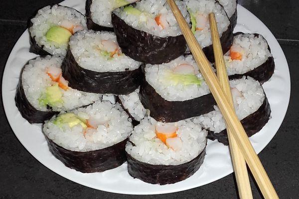 Sushi crabe avocat