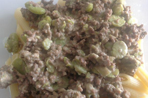 Viande hachée aux fèves