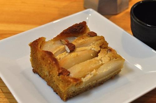 Gâteau Poires et Noisettes