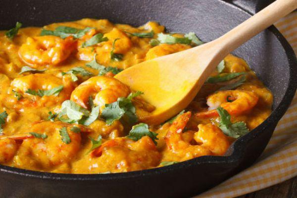 Recette Poelee de crevettes curry coco
