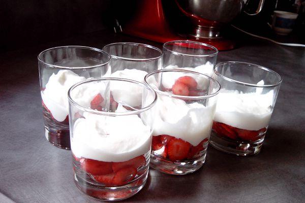 verrines fraises mousse mascarpone