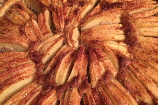 Recette tarte amandine aux pommes de cyril lignac